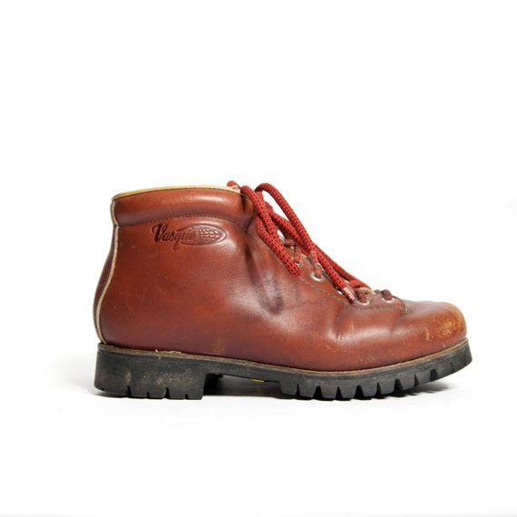vintage hiking boots by vasque in rust brown leather for. Black Bedroom Furniture Sets. Home Design Ideas