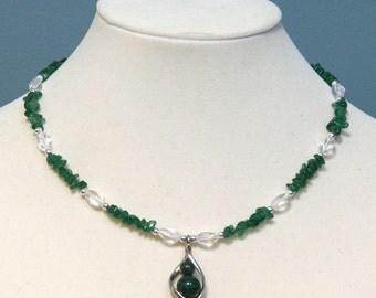 Green Aventurine Gemstone Chip Necklace with a Twist