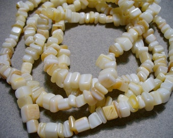 Mother of Pearl Natural Chips  4mm-7mm