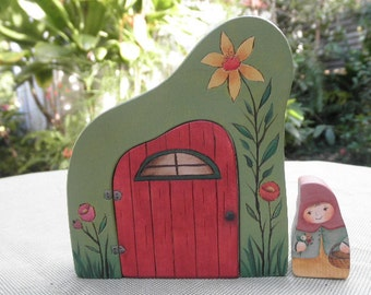 WOOD TOY SET-Whimsical Habitat-Story Door-Ms Gnome-Home Decor-Pretend Play-Waldorf Inspired