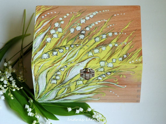 Decorative box with lilies of the valley  Weddings card box