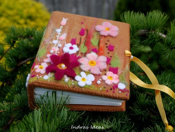Embroidered flower Photo album for 100 photos