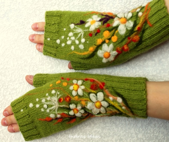 Green fingerless gloves with felted flowers meadows