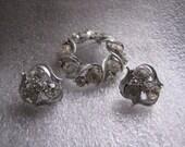 Vintage Brooch Earrings Rhinestone Circle Wreath Pin