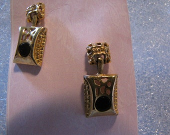 Vintage Square Goldtone Pierced Earrings Black Center