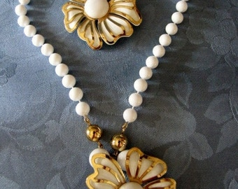 Vintage Brooch Necklace White Enamel Goldtone Large Flower White Beads