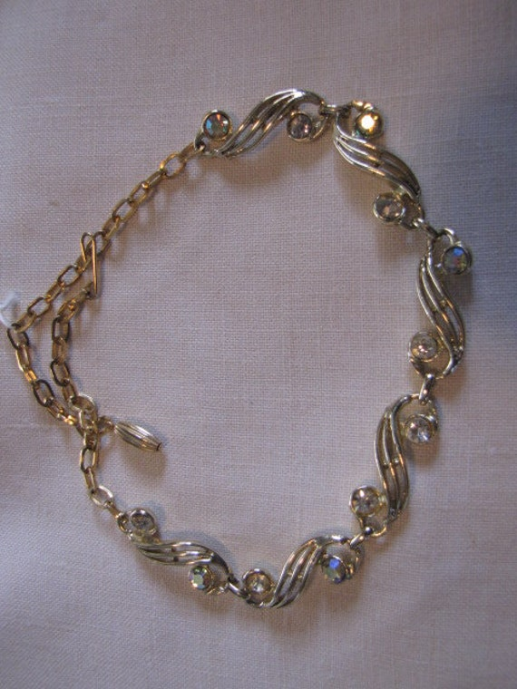 Vintage Aurora Borealis Rhinestones Necklace Goldtone Scrolls