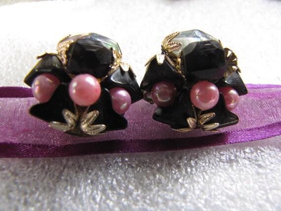 Vintage Earrings Pink Black Rainbow Beads Button Japan clip