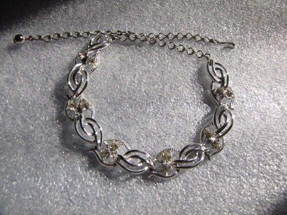 Vintage Rhinestone Necklace Rhodium Setting