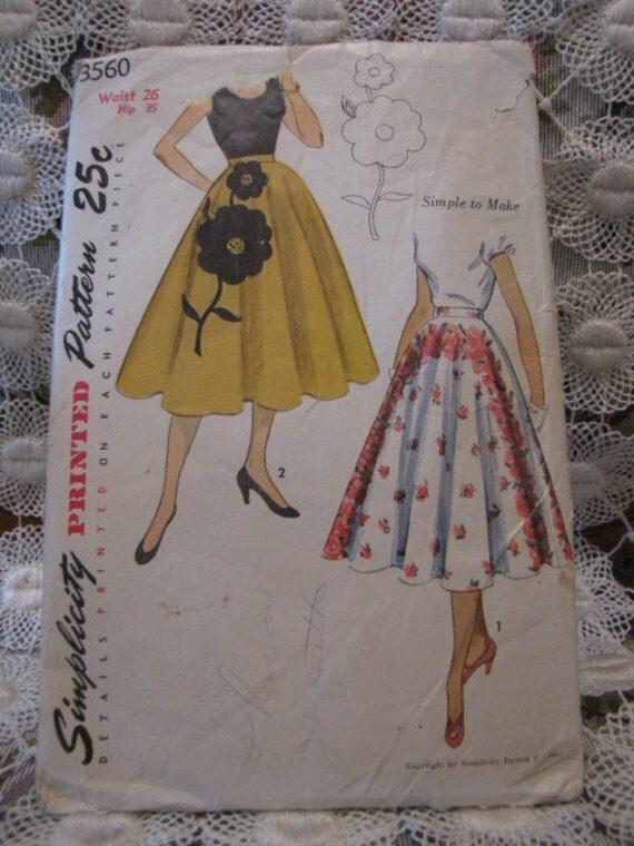 "Vintage Simplicity Circle Skirt Applique Waist 26"" Hip 35"" Pattern"