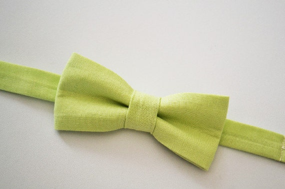 Boys Bow Tie Green Ages 2-10