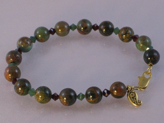 "Green ""opal"" and Swarovski crystal bracelet: charity donation"