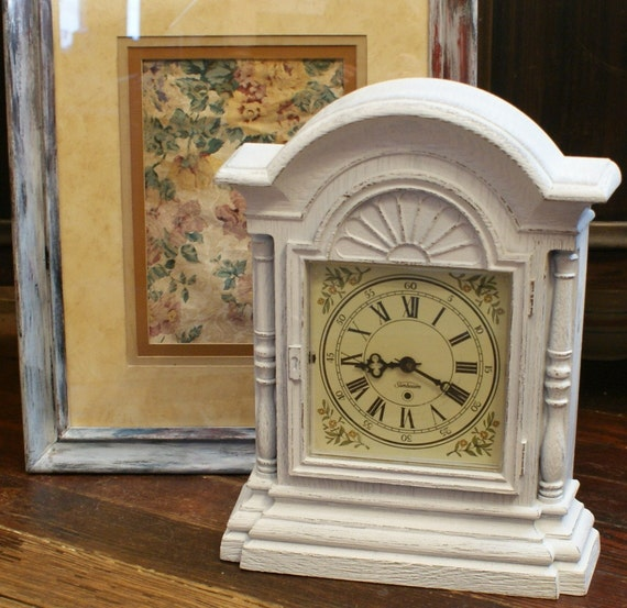 Shabby Chic Vintage Electric Mantel Clock