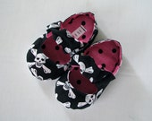 Skull and Crossbone Baby Girl Mary Jane Shoes with Elastic and Non Slip Sole