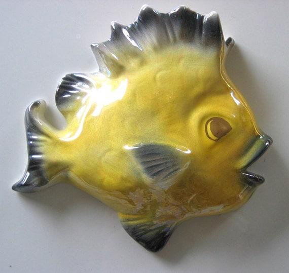 50's vintage Wall Pocket FISH.  Tropic Treasures by Ceramicraft. Kitsch. Eames era. Mid century.