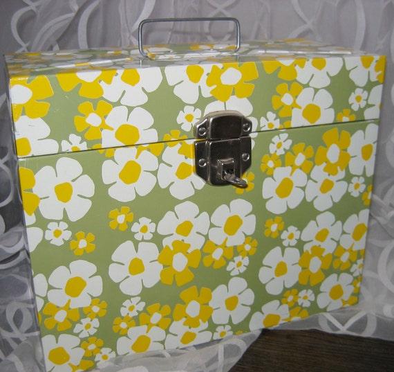 Vintage Locking Metal File Box with KEY. 1970's Flower Power.  Hollywood Regency, Mid century modern, Danish Modern, Eames Panton era.