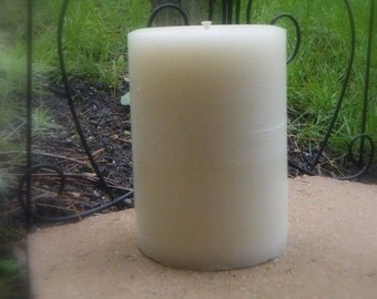 """MADE in AMERICA 3"""" x 4 1/2"""" White  Beeswax  Round Pillar with a  braided cotton wick.paraffin and zinc free, perfect for allergy sufferiers"""