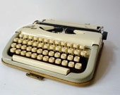 Vintage Princess 100 Portable Typewriter in Perfect Working Condition
