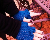 Ruffle Top Fingerless Gloves