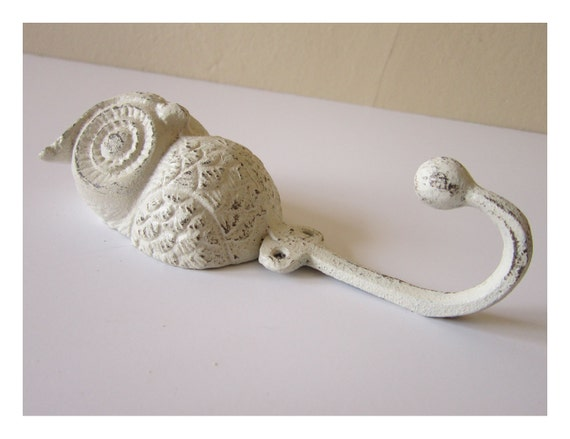 OWL Hook -  Wall hook - Childrens room decor - Shabby and chic - Cottage decor