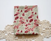 Fat Quarter 100% cotton - Field of Pink Flowers