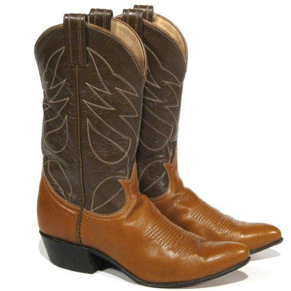 Awesome Im Always On The Lookout About 30 Percent Of The Stores Merchandise Is New, The Rest Vintage, Including Hundreds Of Cowboy Boots That Look New Shelves Are Lined With Mens And Womens Cowboy