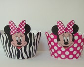 Minnie Mouse cupcake wrappers, party supplies decorations.