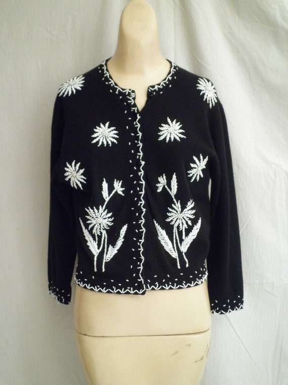 1950s Vintage Floral Beaded Black and White Sweater 38 bust