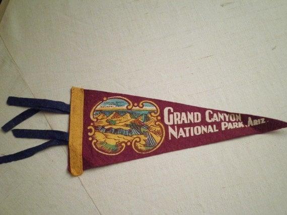 1940s Vintage Grand Canyon Souvenir Felt Pennant