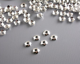 BEADCAP-SILVER-FLOWER-4MM - Mini Flower Bead Caps, Silver Plated - 30 pcs