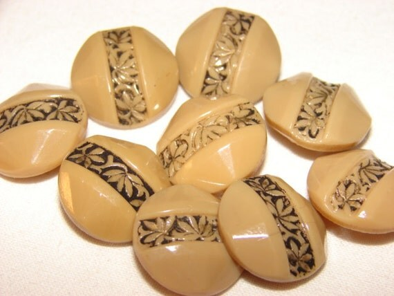 9 Vintage Art Deco Glass Buttons Domed, Faceted Glass Buttons Painted Flower Detail