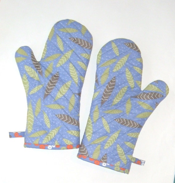 Oven Mitts Leaves on Periwinkle  -Gift Under 30 - Gift for Foodie