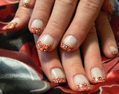 Retro Style Dots Handpainted Full Nail Tips