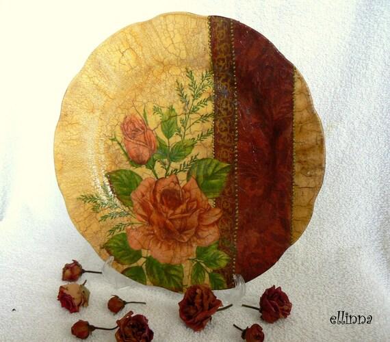 """Vintage look decorative porcelain plate """"Ancient rose"""""""