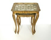 Vintage Italian Florentine Nesting Tables / Tray Tables in Gold Gilt (Set of 2)
