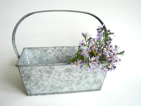Vintage Galvanized Metal Basket / Bin with Handle - Industrial Decor, Farmhouse Decor, Storage and more