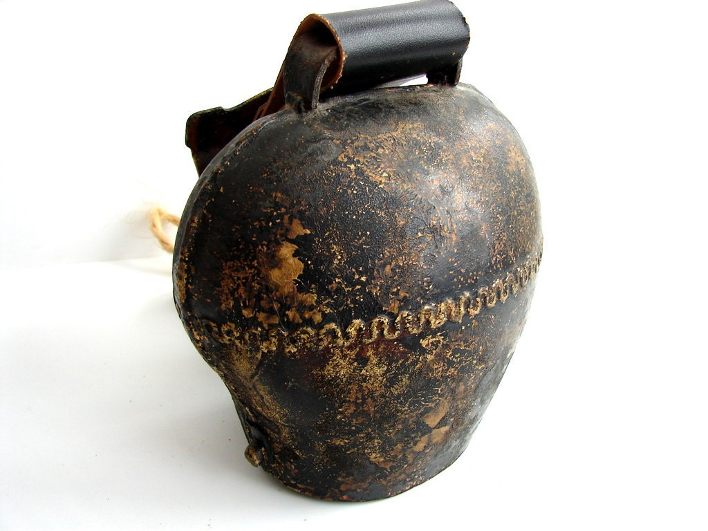 Vintage Antique Large Cow Bell Loud And Low Sound By