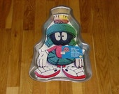 Wilton Marvin the Martian cake pan- NEW