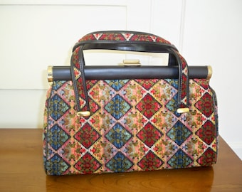 Vintage 1960s tapestry handbag.  Carpet bag.
