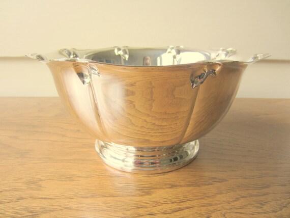 Acorn adorned silver serving bowl.  Unique gift.  Holiday decor.