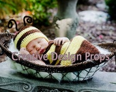 Cocoon and Hat - Bumble Bee set - newborn outfit, Halloween costume, photo prop, Baby Shower Gift,
