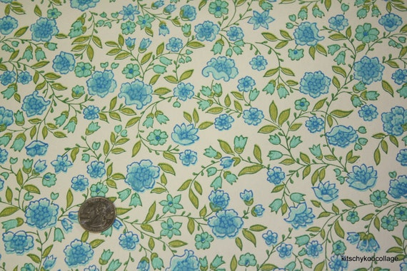 1970's Vintage Wallpaper Pretty blue and green floral
