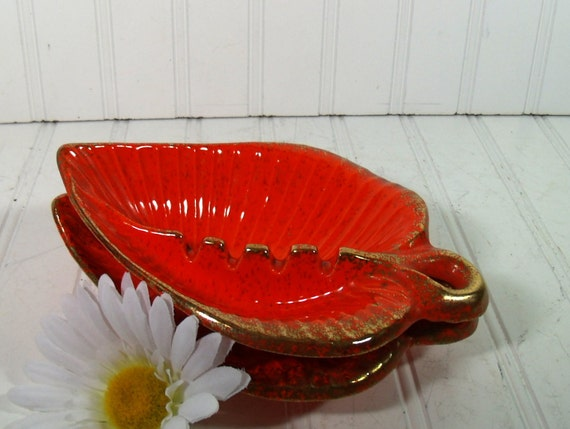 Set Of 2 Groovy Mid Century Orange Ceramic Leaves Ashtrays