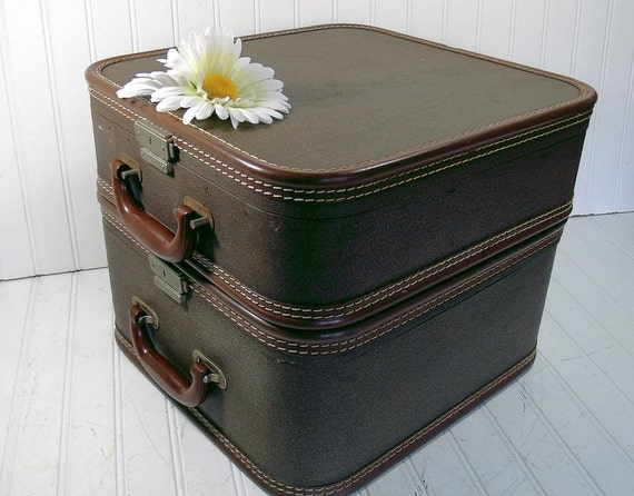 Retro Matching Pair of Brown Tweed Train Cases - Vintage Travel Carry Ons - Classic Totes Set