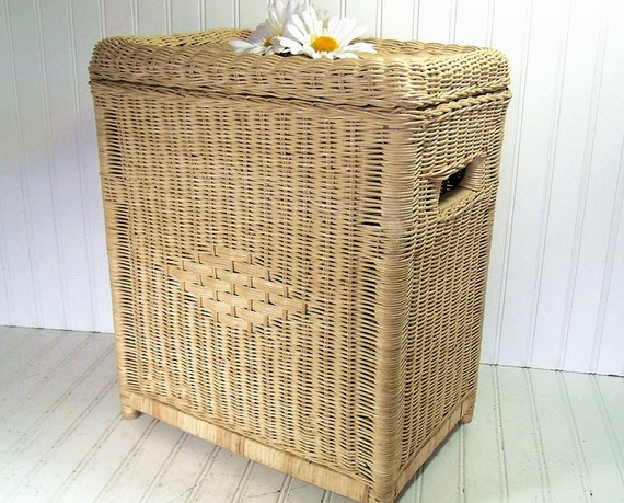 Natural Wicker Clothes / Laundry Bin Vintage Bench Hamper