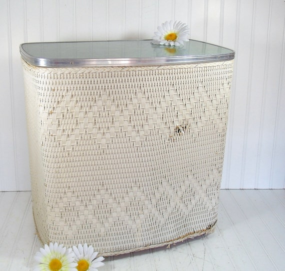 Off White Wicker and Wood Hamper with Aqua Sea Foam Green Formica Laminate Lid - Vintage Victor LaundryNet - Ultra Shabby Chic Clothes Bin