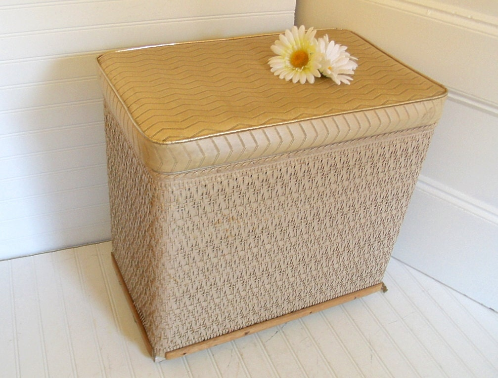Wicker And Wood Clothes Laundry Bin Vintage Harvey Hamper