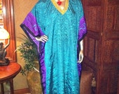 HOT THIS SUMMER- free size caftan -1970's