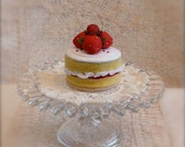 Wet Felted Bakewell Cake With Strawberries