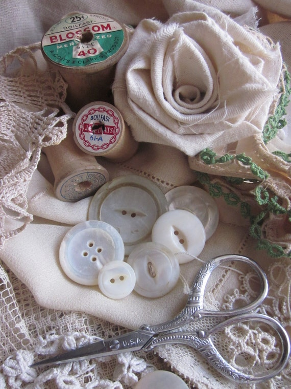 Vintage Sewing Inspiration Box  Pieces